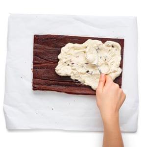 Spread the chestnut cream filling over the sponge