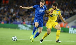 Jamie Vardy attempts to control the ball under pressure from Porto's Felipe.