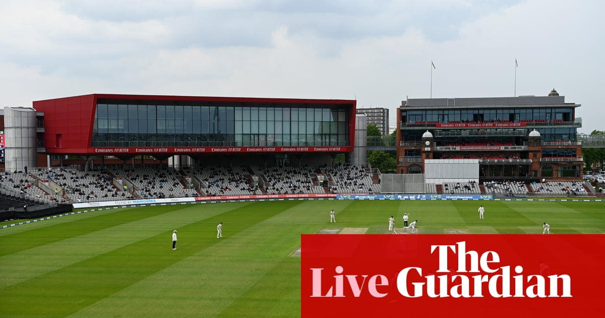 Lancashire v Yorkshire, Warks v Notts and more: county cricket day four – live!