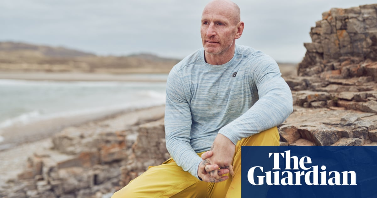 Gareth Thomas: In most forms of work you could come out. But not in football
