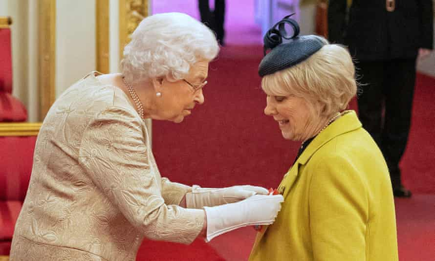 The Queen awards the CBE to Wendy Craig