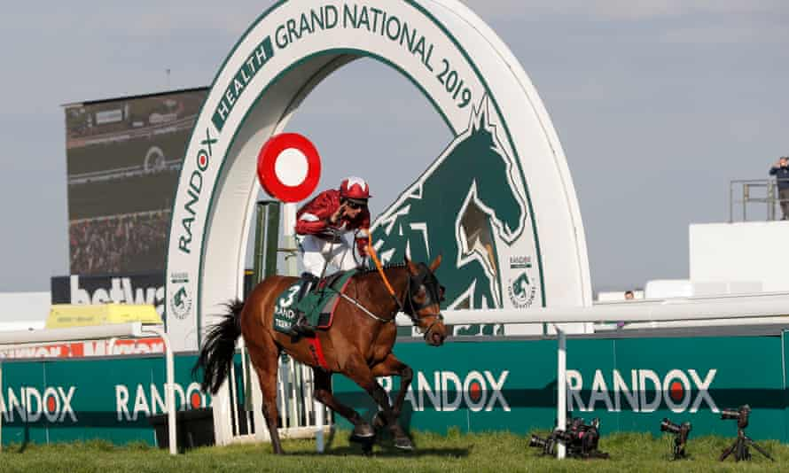 Tiger Roll, who won the 2019 Grand National, has been withdrawn from this year's race.