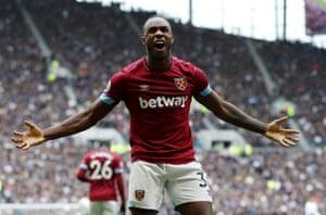 Antonio celebrates.