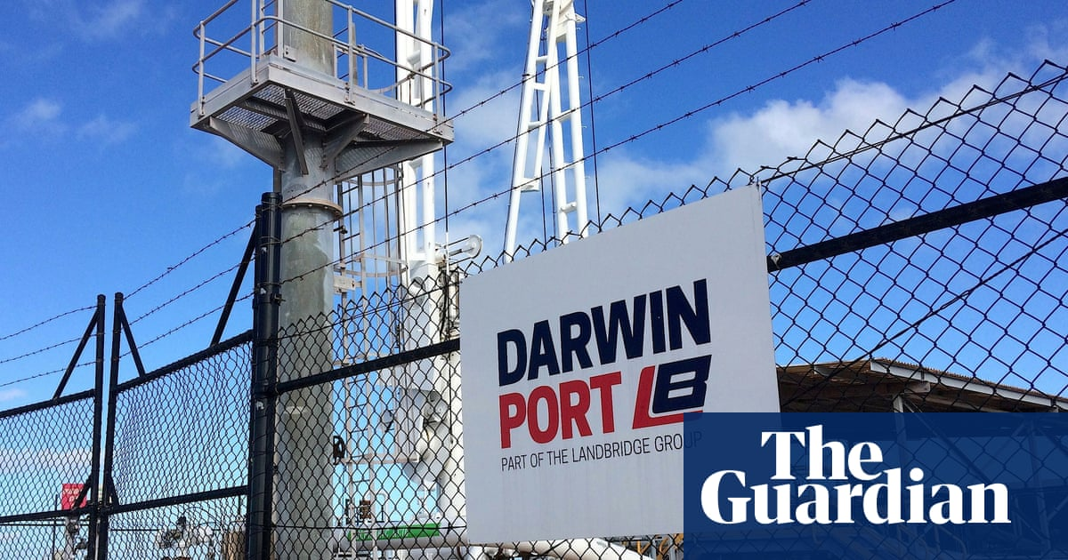 Darwin Port's Chinese owner says it will cooperate with Australian defence review