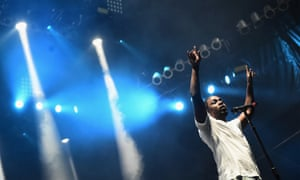 cf1bef7cf77e Kendrick Lamar review – a blistering performance charged with ...