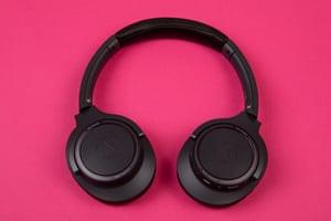 audio-technica sr 30 bt headphones