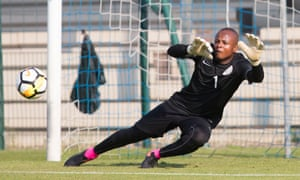 Ikechukwu Ezenwa has been selected for Nigeria's game against Cameroon despite calls for his young rival Dele Alampasu to play.