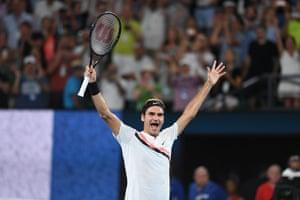 Federer celebrates victory.