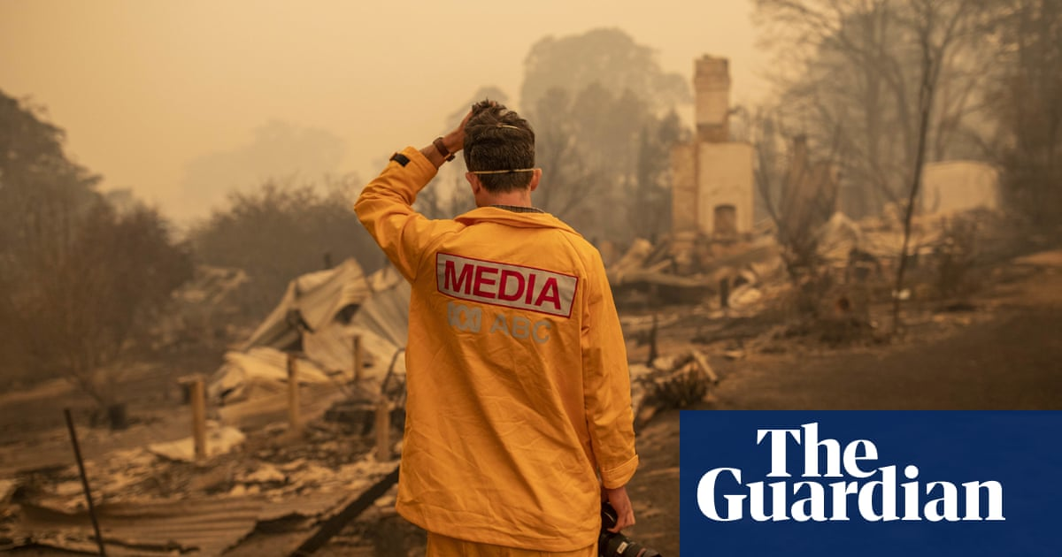 6456 - Australia bushfire coverage: ABC emergency fire broadcasts praised but News Corp goes on attack | Australia news