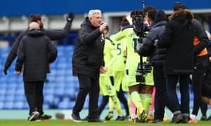 Newcastle United manager Steve Bruce congratulates his players on their victory.