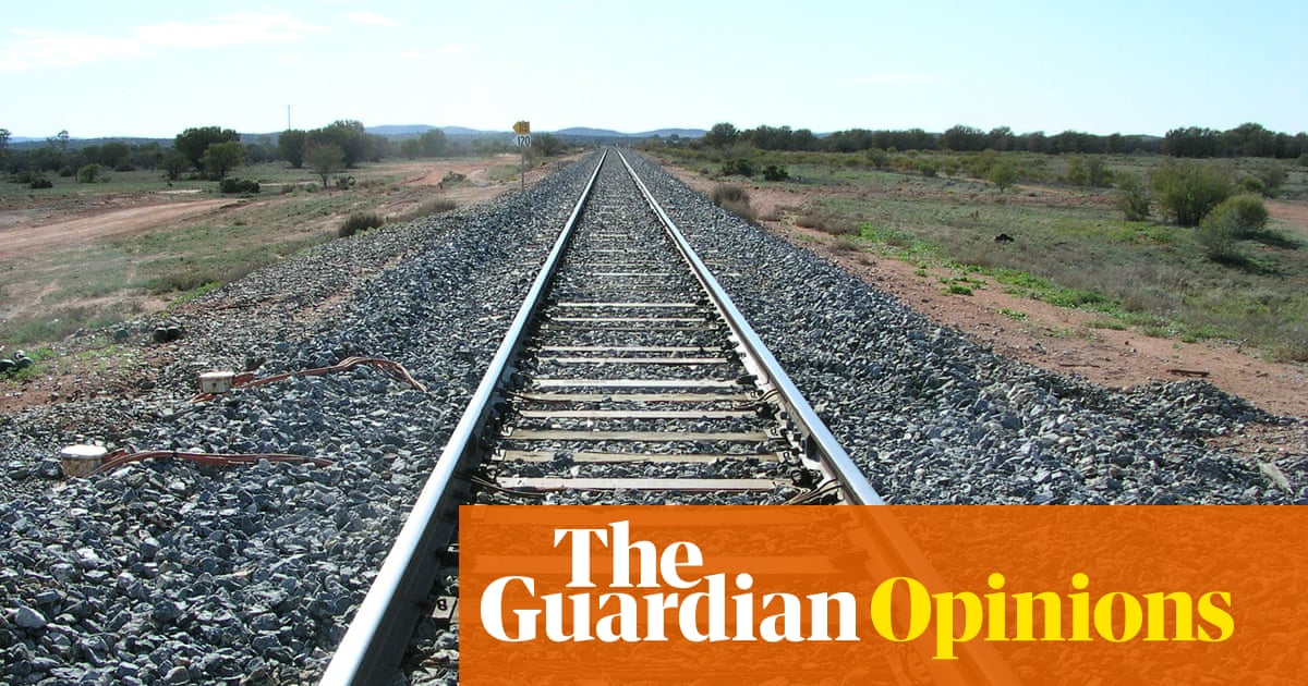 Time warps and Thai curry: taking the 11 hour train trip from Melbourne to Sydney | Brigid Delaney