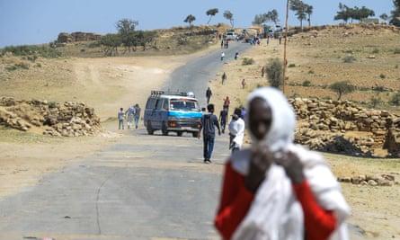 Eritreans along the Ethiopian border