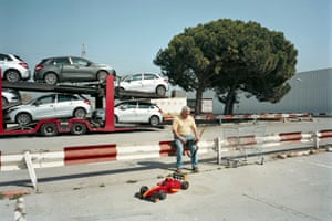Every Sunday, a Carrefour car park near Barcelona becomes a multifunctional space