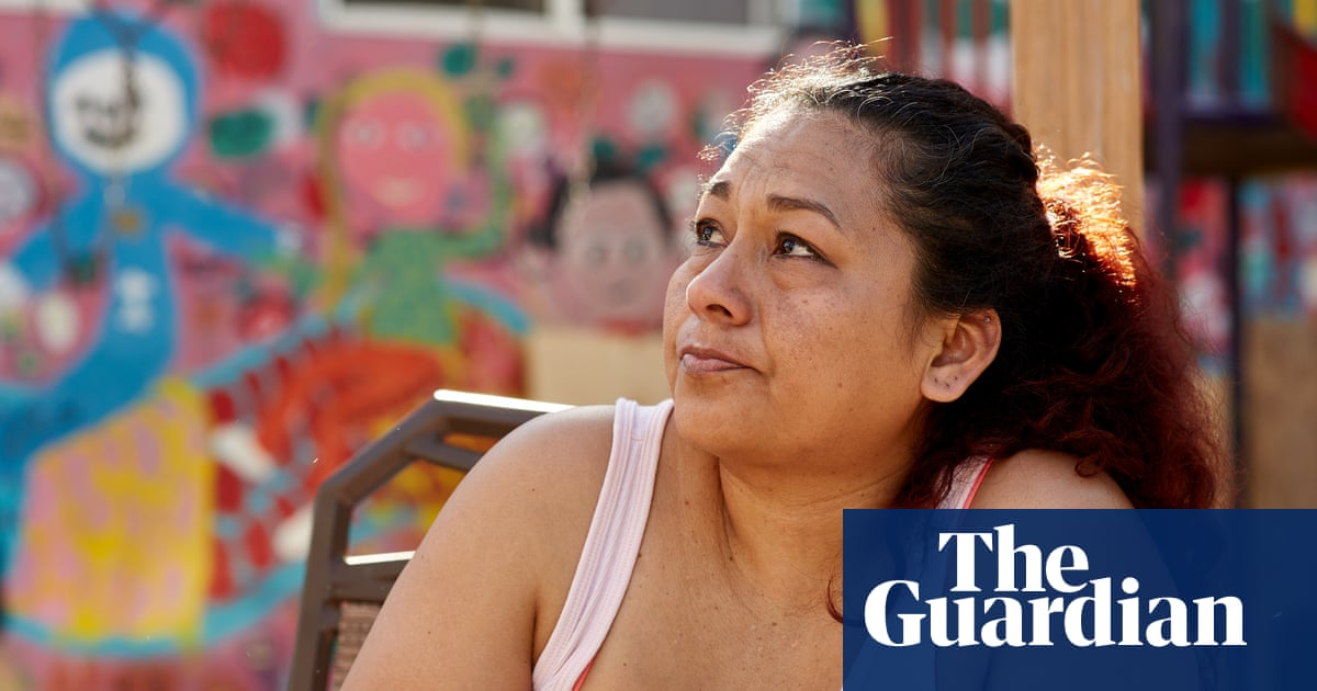 This is what the hours after being deported look like