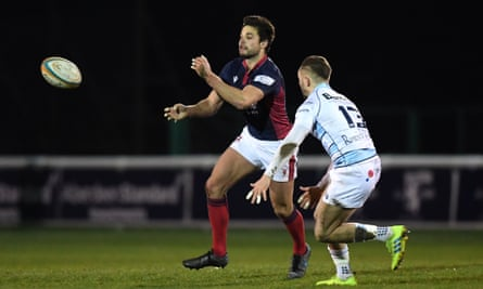 Will Magie of London Scottish offloads against Bedford Blues in January in the Championship.