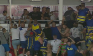 Crowd trouble marred Catalans Dragons' game with Warrington in Perpignan.