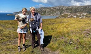 Carrie Symonds and Boris Johnson hiking on holiday in Scotland