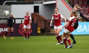 Ellen White smashes her shot off the underside of the crossbar to give Manchester City the lead.
