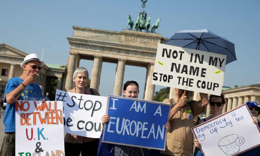 Anti-Brexit protesters in front of the Brandenburg Gate in Berlin.