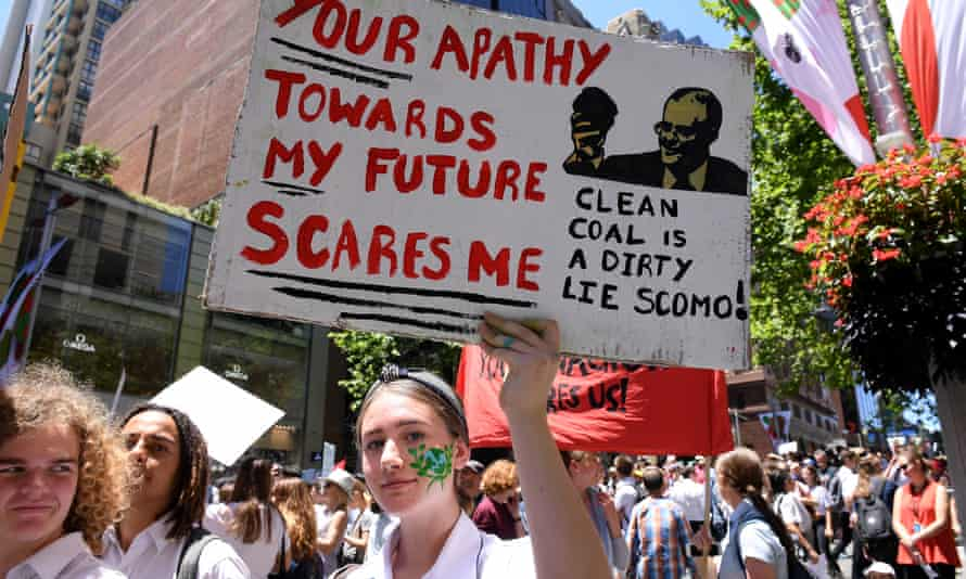 Students in Sydney demand action on climate change