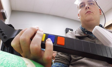 Paralysed man moves arm using power of thought in world first