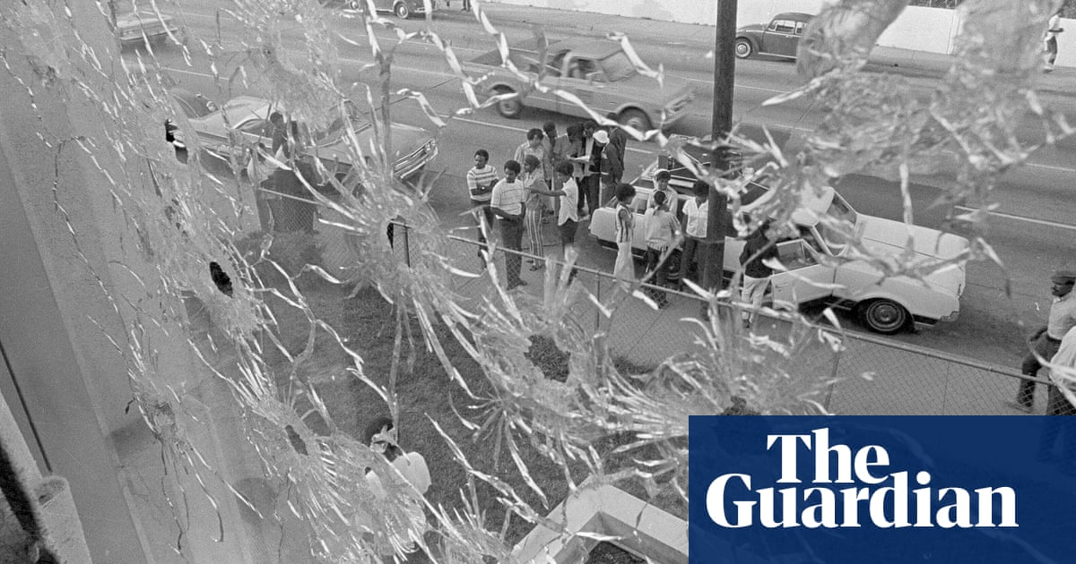Mayor of Jackson, Mississippi apologizes for 1970 police killings amid student protest