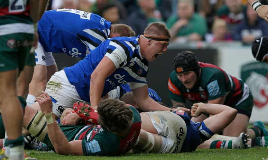 Sam Nixon celebrates after Bath score their last try at Leicester, setting up Rhys Priestland for the winning conversion