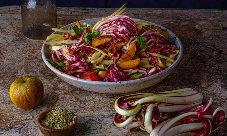 A meal in a bowl: baked apple and radicchio salad.