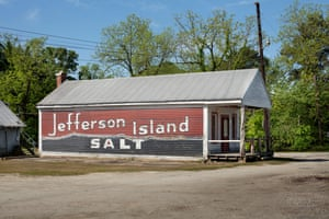 Salt ad on country store, Society Hill, Al. 2015