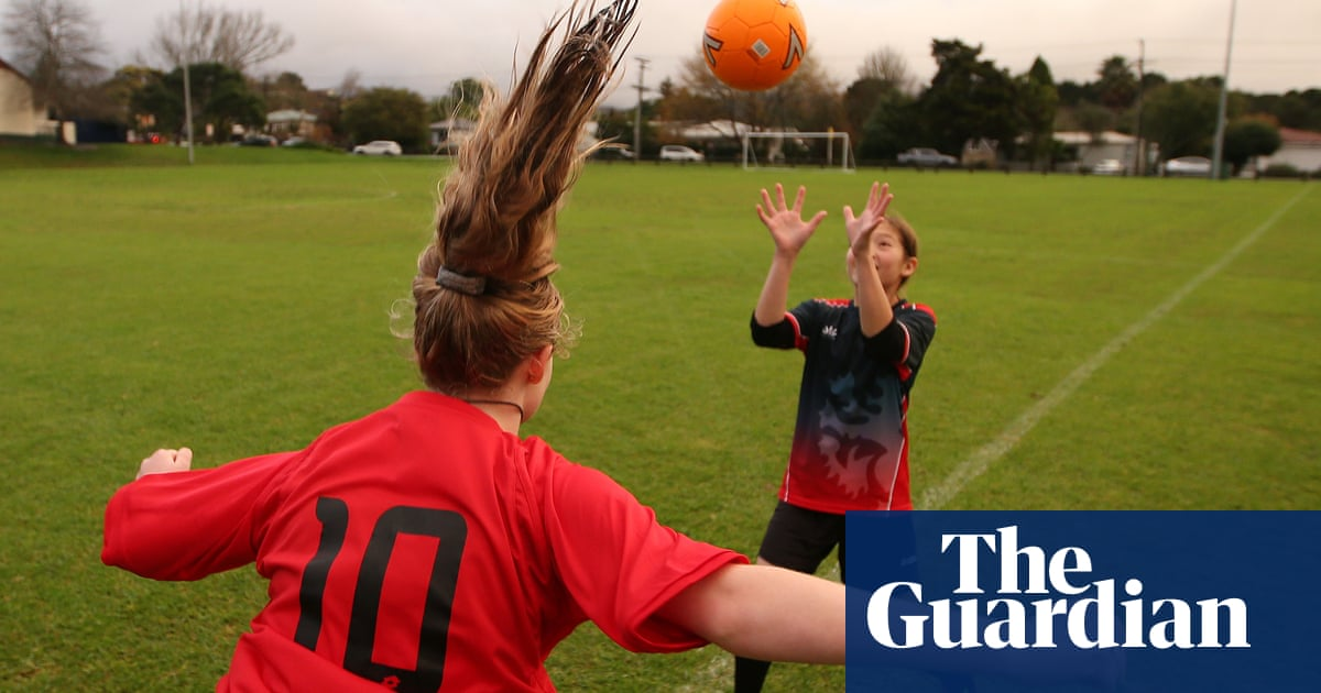 Teenage girls face almost double the concussion risk of boys playing football