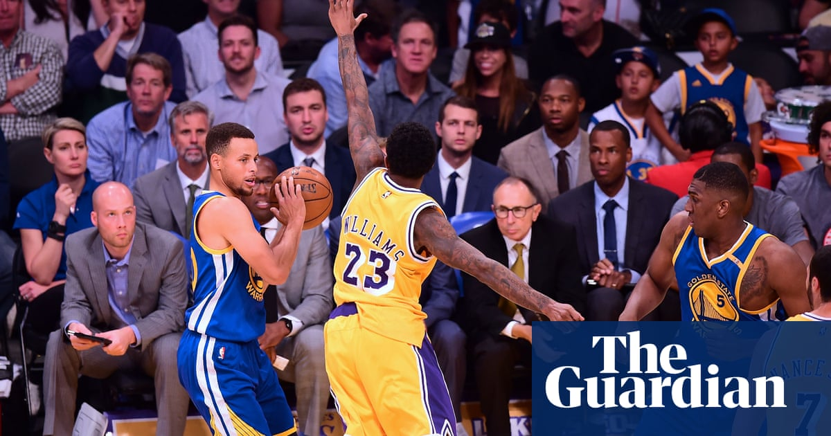 3683e13c26d Steph Curry s record three-point streak ends as Lakers stun Warriors ...