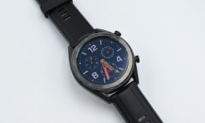 The Huawei Watch GT looks similar to the Wear OS Huawei Watch 2, but runs the firm's own-brand LiteOS and is focused on fitness-tracking features with extended battery life.