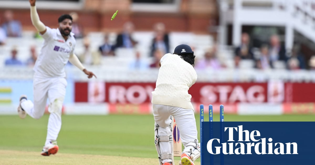 Root and Burns steady England ship but India remain in driving seat