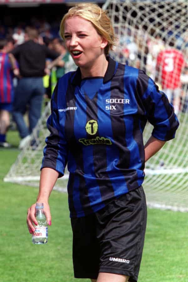 Sara Cox in 1999.