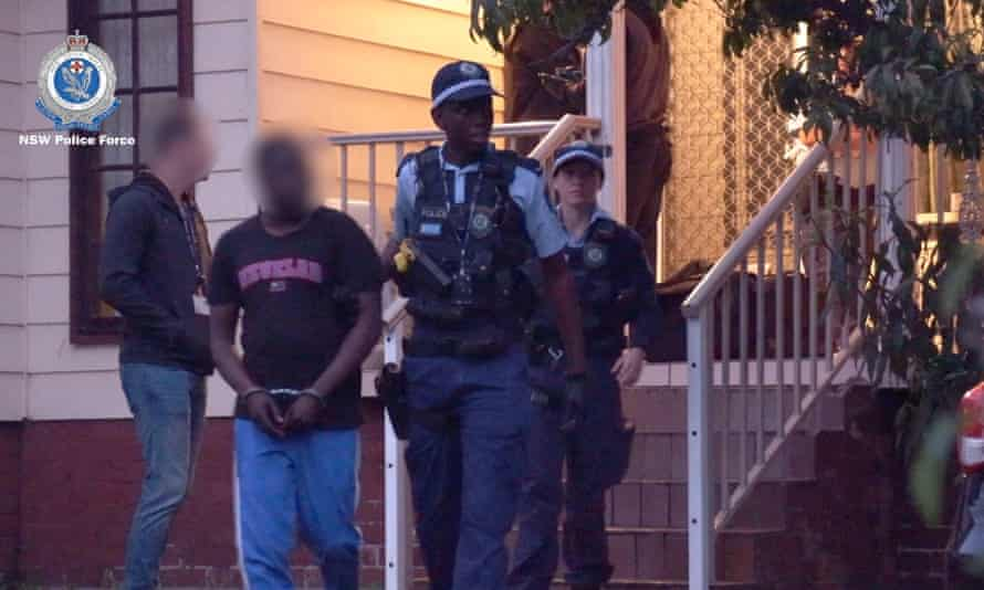 NSW police make arrests related to the alleged extortion a senior Iraqi politician.