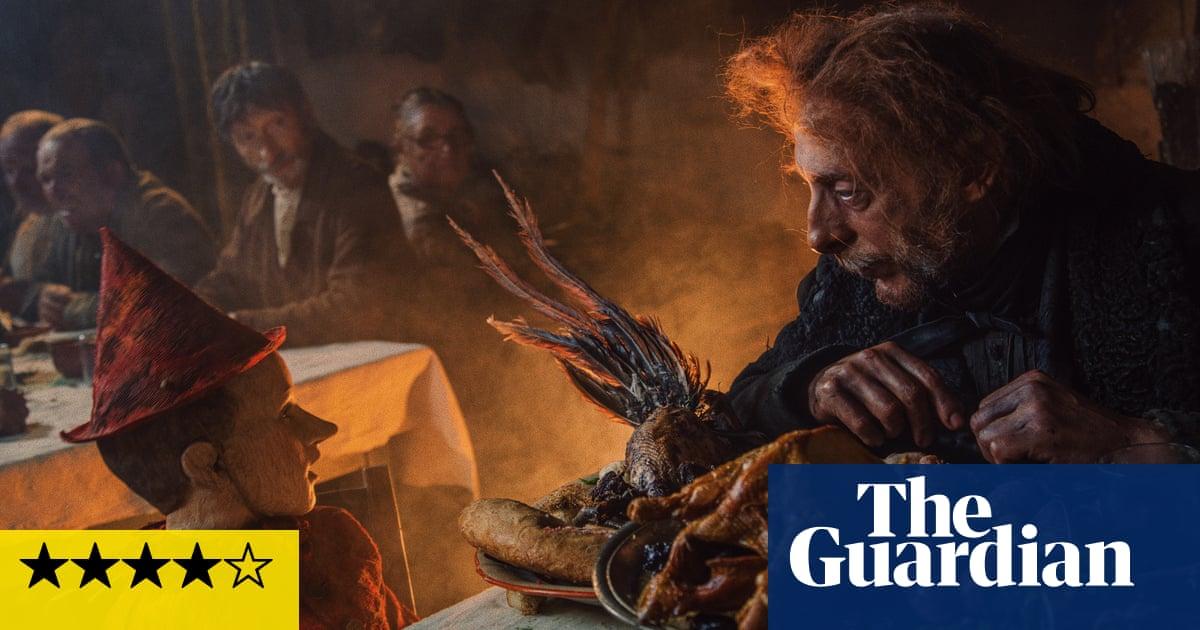 Pinocchio review – Matteo Garrone crafts a satisfyingly bizarre remake
