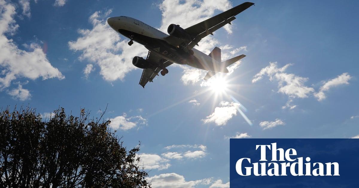 Boris Johnson's 'jet zero' carbon flight goal dismissed as a gimmick