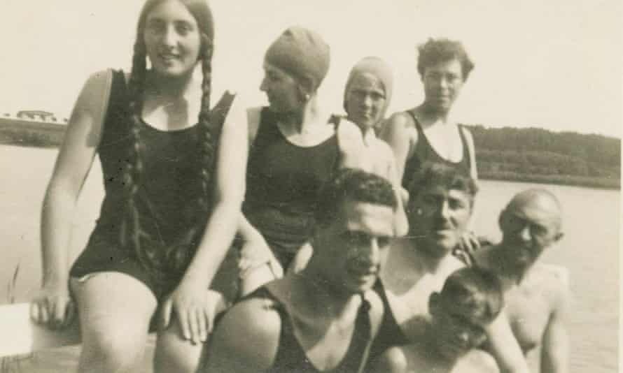 Elsie (back row, left) and Alfred (front centre) with friends at the lake in 1928