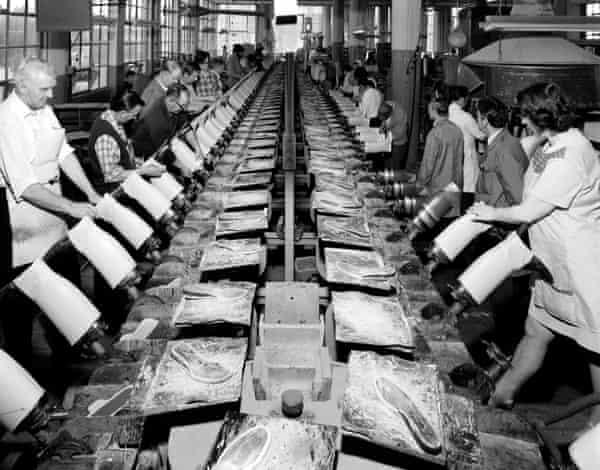 Shoe production via conveyor belt at the Bata factory.