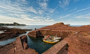 Seacliff Harbour and Tantallon Castle