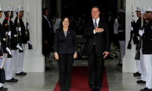 Taiwan's president Tsai Ing-wen with Panama's Juan Carlos Varela before a meeting in Panama City in June 2016