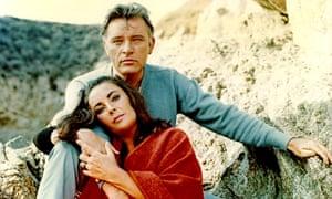 Elizabeth Taylor and Richard Burton in The Sandpiper, 1965