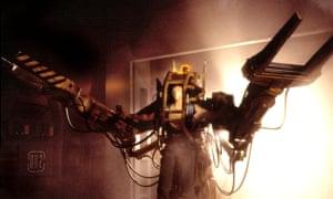 Sigourney Weaver donning the Power Loader exoskeleton in Aliens.