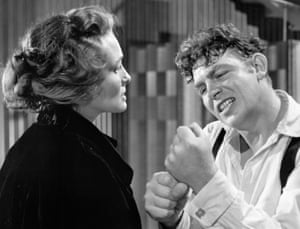 Patricia Neal and Andy Griffiths in A Face in the Crowd (1957).