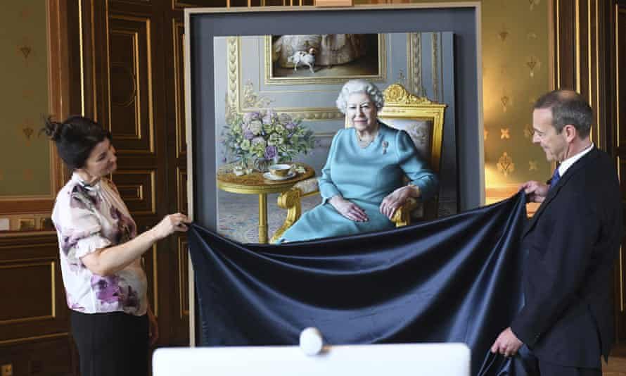 The unveiling of a new portrait of Queen Elizabeth II by artist Miriam Escofet, left, with Simon McDonald, permanent under-secretary of state for foreign and commonwealth affairs and head of the Diplomatic Service, right.