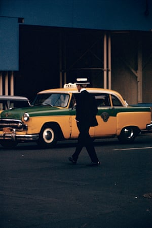 Saul Leiter: Straw Hat, ca. 1955.