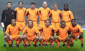 Fernando Ricksen, front row centre, with the Netherlands before a game against Argentina in 2003.