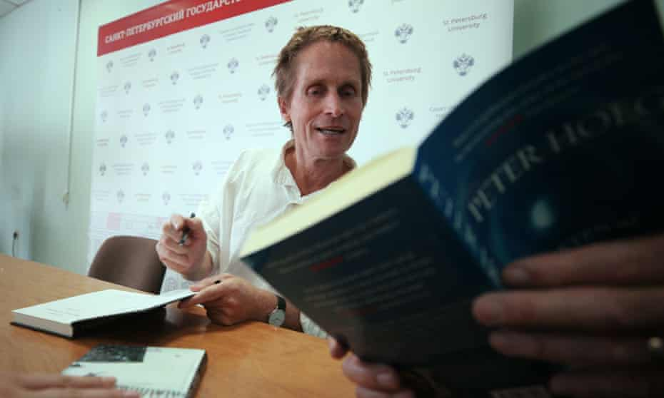 Peter Høeg at a book-signing this month.