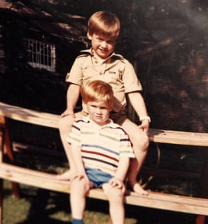 Prince William and Prince Harry on a picnic bench