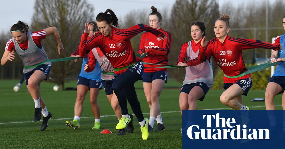 Numbers game: Arsenal hope to see off Chelsea WSL challenge despite smaller squad